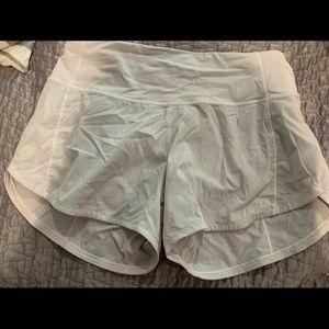 white lulu shorts!! size 2